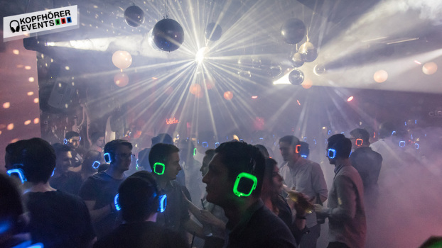 Silent Disco, Silent Party, Kopfhörer Party, Silent Events, Kopfhörer Events, Silent Disco Equipment, Silent Disco mieten, Silent Disco kaufen, Silent Party Kopfhörer